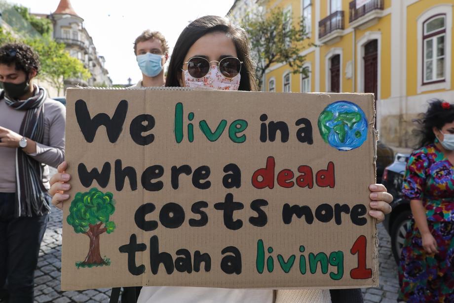 Ответь за климат: португальские подростки подали в суд на 33 европейские страны.Вокруг Света. Украина