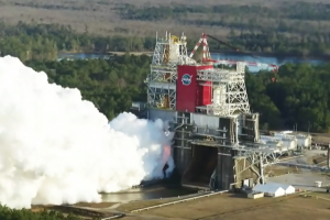 Испытание мега-ракеты SLS пошло не по плану. NASA не считает это провалом