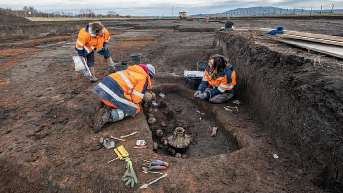 2000-летние останки младенца и собаки обнаружены во Франции.Вокруг Света. Украина