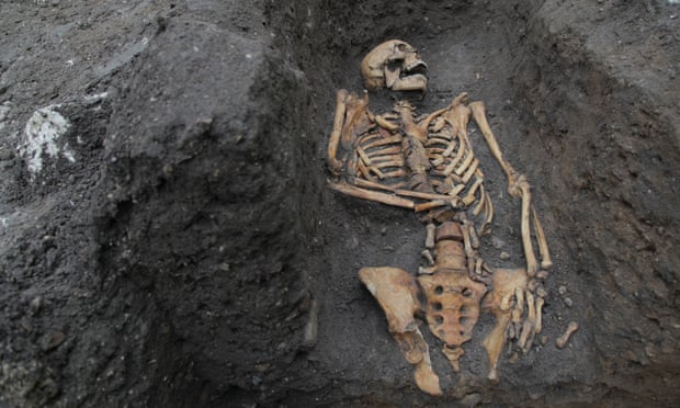 Монаха сбила телега: в Кембридже раскрыли тайны средневековых захоронений