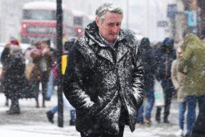 Климатологи уточнили связь между стратосферными вихрями и суровыми зимами