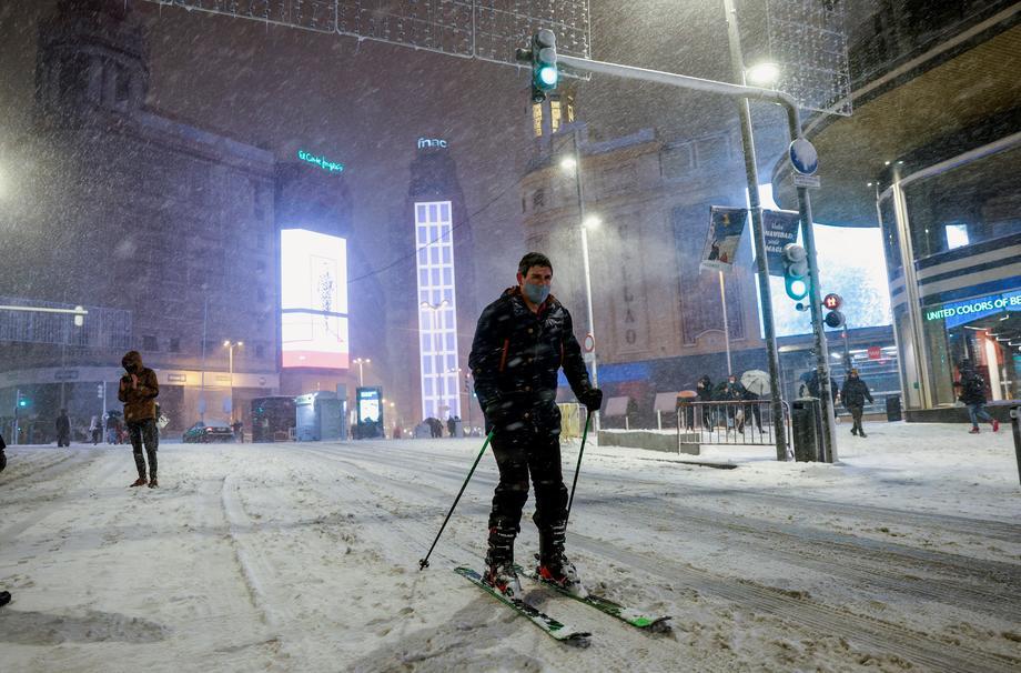В Испании прошел самый сильный снегопад за полвека