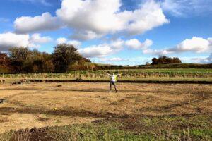В Англии раскопали городище железного века с остатками круглых домов
