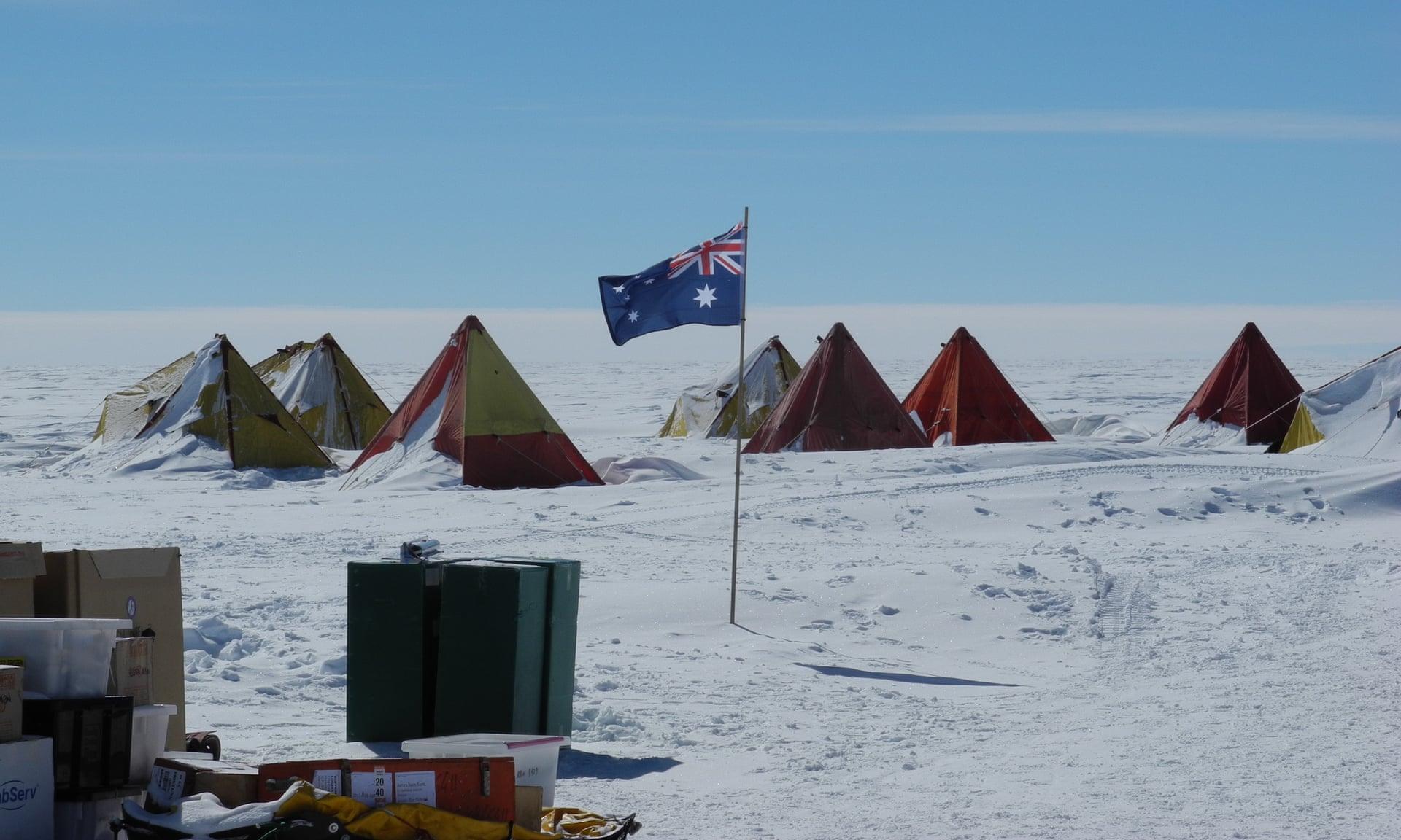 В Антарктиде пробурят скважину глубиной 3 км, чтобы отследить изменения климата.Вокруг Света. Украина