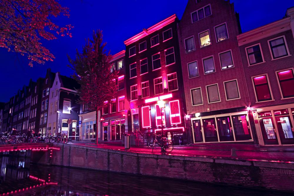 В Амстердаме перенесут Квартал красных фонарей