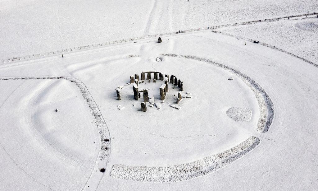 Стоунхендж был построен из остатков более древнего памятника валлийского каменного века
