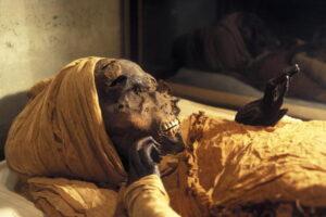 Археологи узнали обстоятельства смерти легендарного фараона