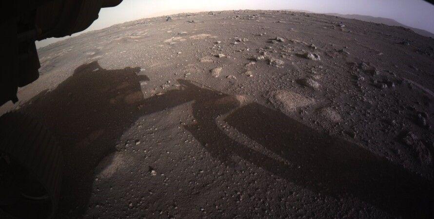 Perseverance прислал первые цветные фото и видео с Марса.Вокруг Света. Украина