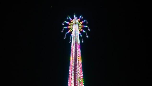 В Дубае открыли самый высокий в мире аттракцион: его высота 140 м