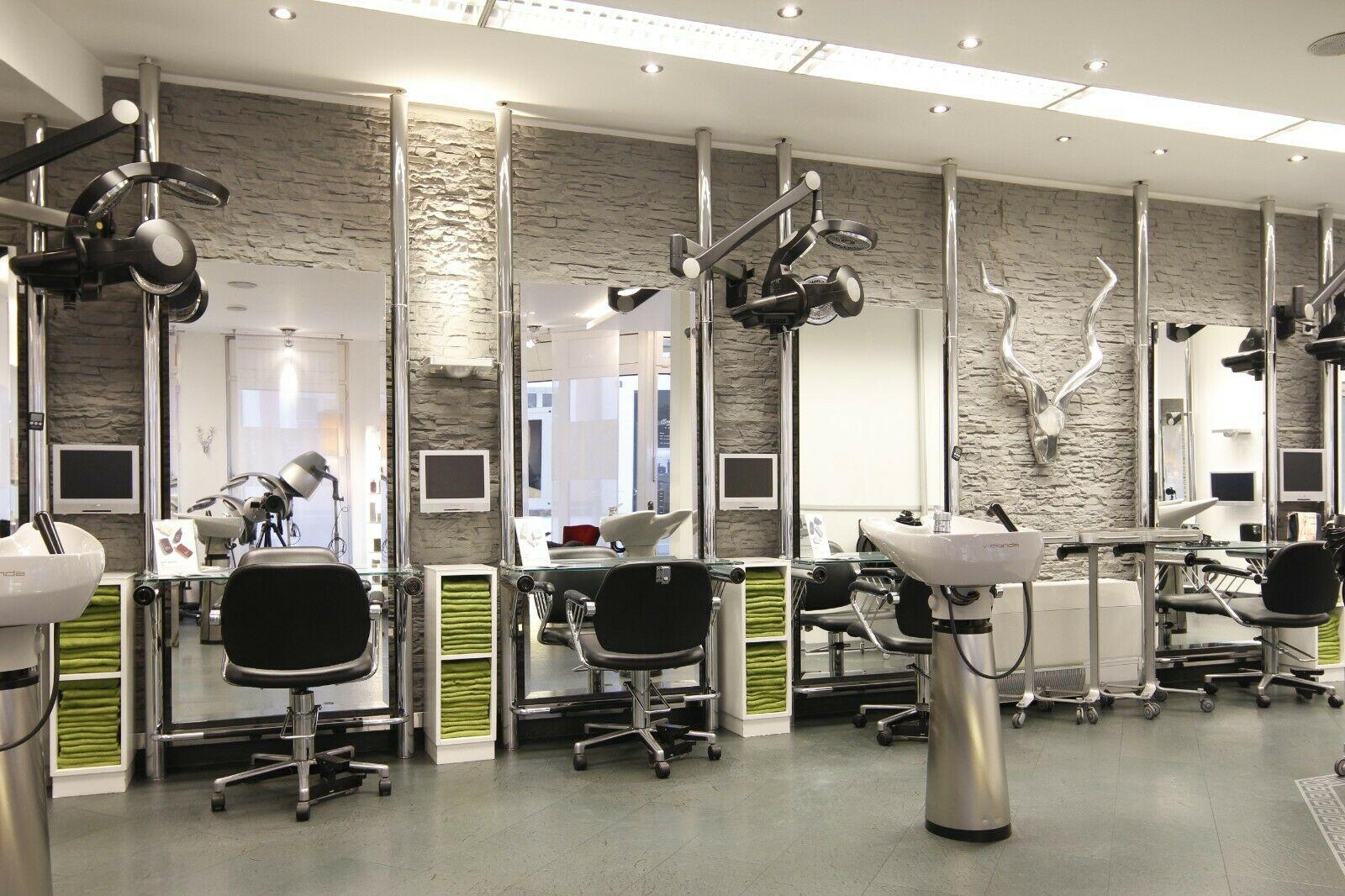 Немецкий парикмахер продал на eBay первую стрижку после локдауна