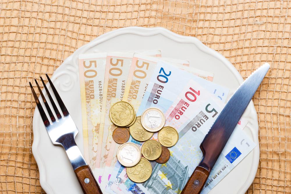 Гормон аппетита влияет на принятие финансовых решений: исследование
