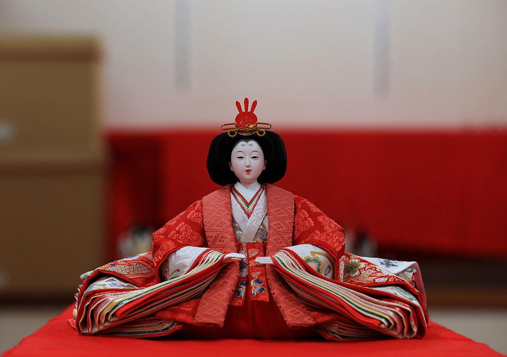 В Японии празднуют Хинамацури - день девочек и кукол.Вокруг Света. Украина