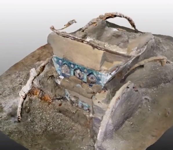 В Помпеях нашли колесницу с эротическими картинками