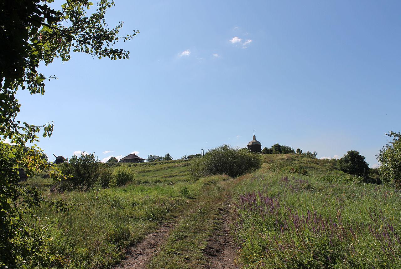 В Украине в 10 раз увеличат штрафы за повреждение памятников культуры