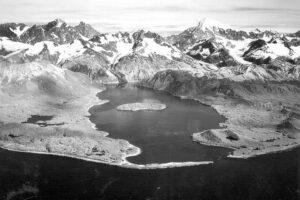 Таяние ледников способно вызвать мощные землетрясения