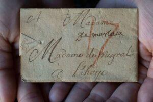 В Нидерландах прочли 300-летнее письмо с помощью рентгена
