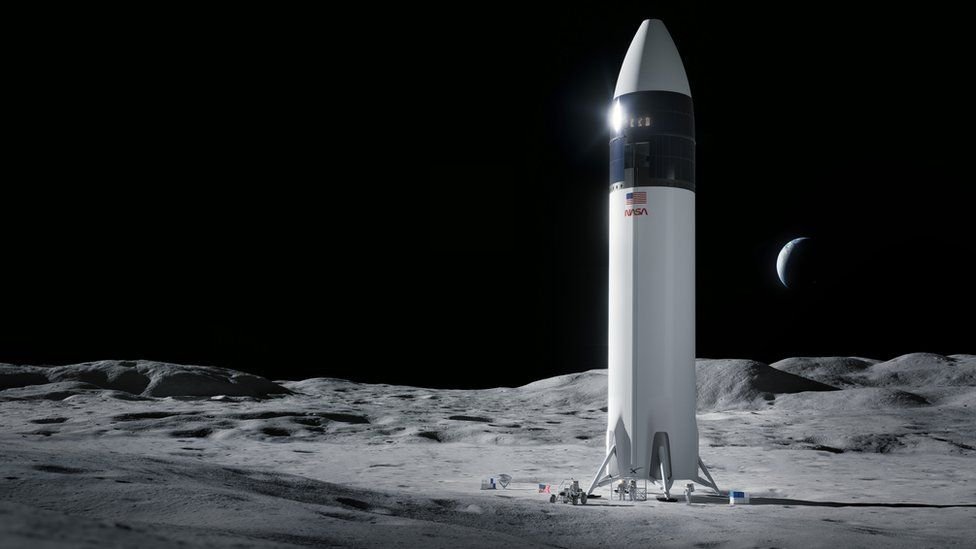 NASA выбрало ракету Маска для полета американцев на Луну