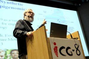 Профессор из Гарварда продает свой генетический код