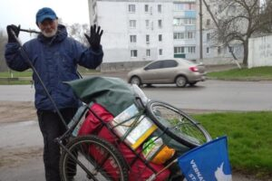 63-летний украинец прошел пешком более тысячи километров
