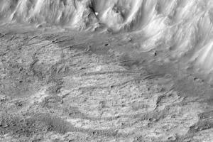 На Марсе открыли новый тип древнего кратерного озера