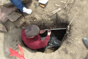 На Тернопольщине обнаружили каменный саркофаг, которому 5000 лет