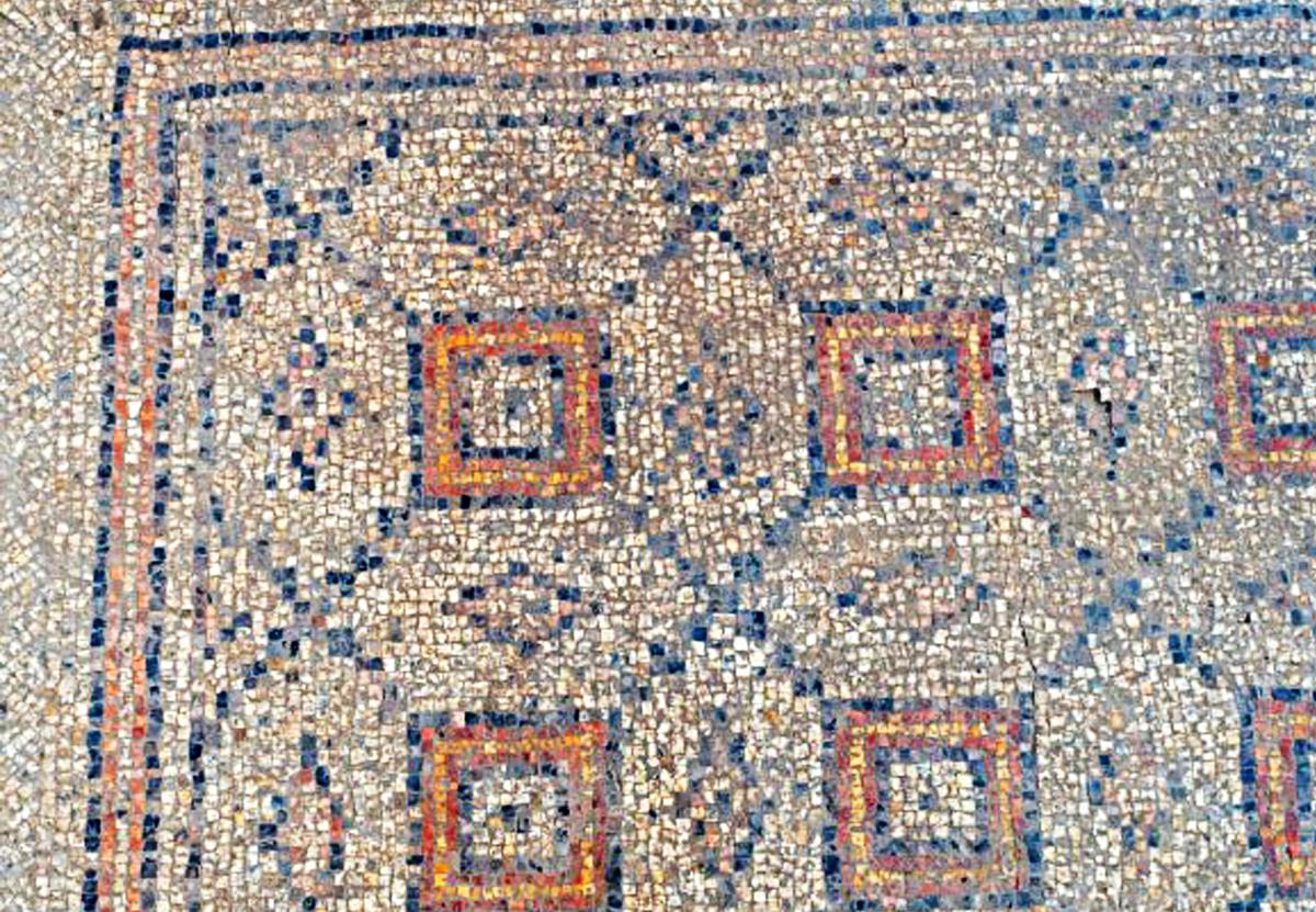 В Израиле раскопали редкую мозаику византийской эпохи