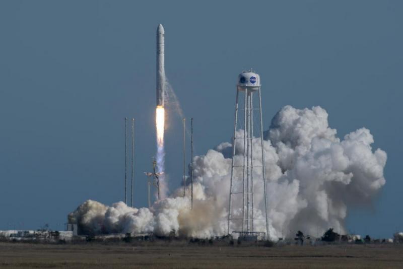 Украина потратит на космическую программу 15 млрд гривен.Вокруг Света. Украина