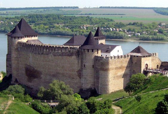 Хотинская крепость: легенды и факты о буковинской цитадели.Вокруг Света. Украина