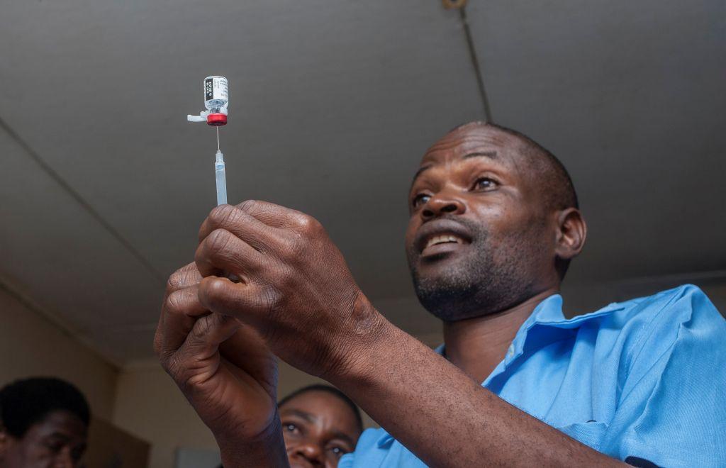 Победа над малярией? Новая вакцина показала эффективность 75%