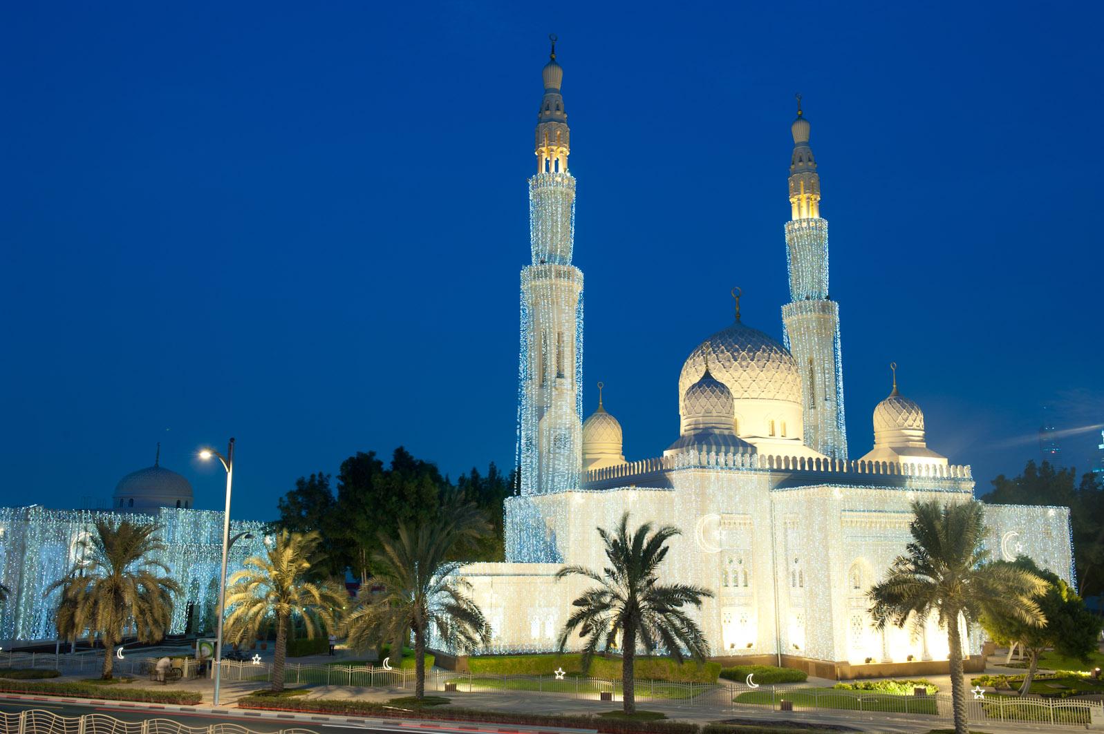 Отдых в Дубае в Рамадан: что можно, а чего нельзя делать