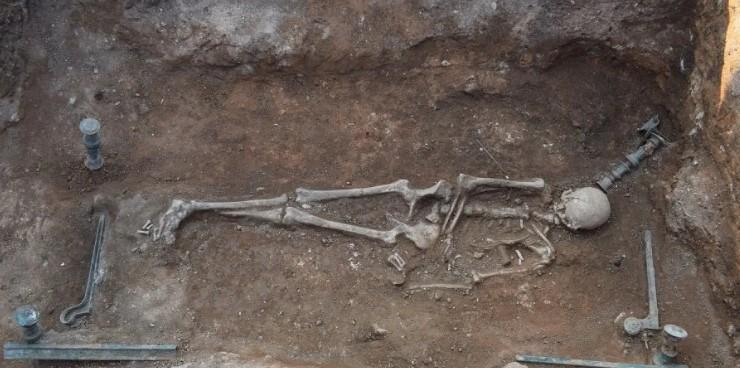 В Греции нашли могилу знатной женщины, похороненной на кровати