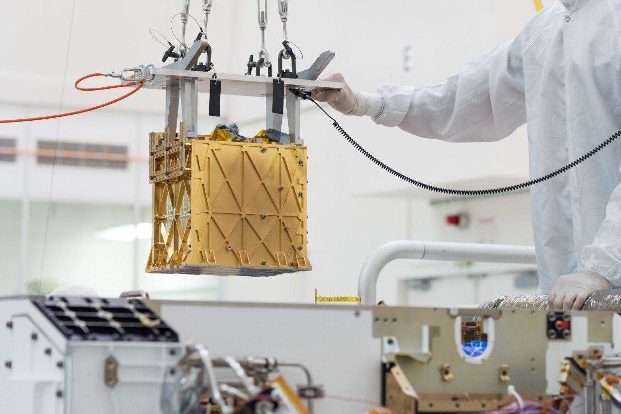 Марсоход NASA впервые получил кислород на Марсе.Вокруг Света. Украина