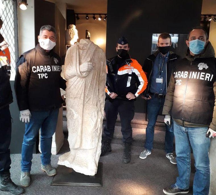 Украденную в Риме древнюю статую нашли в антикварном магазине Брюсселя.Вокруг Света. Украина