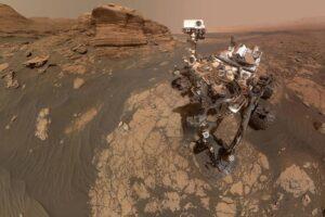 Ровер Curiosity прислал селфи с марсианской скалы Мон-Мерку