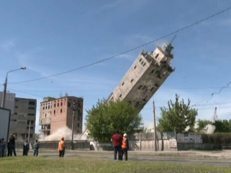 В Харькове взорвали вековую башню