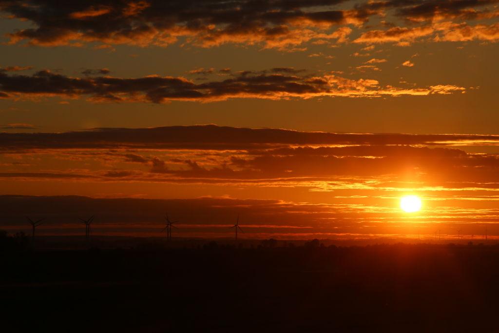 Расстояние от Земли до Солнца