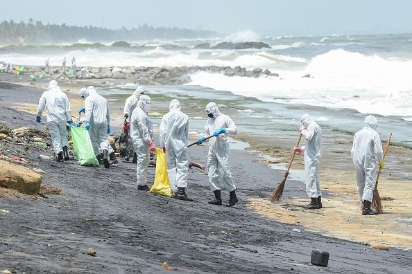 Шри-Ланка переживает крупнейшее в истории загрязнение пляжей.Вокруг Света. Украина