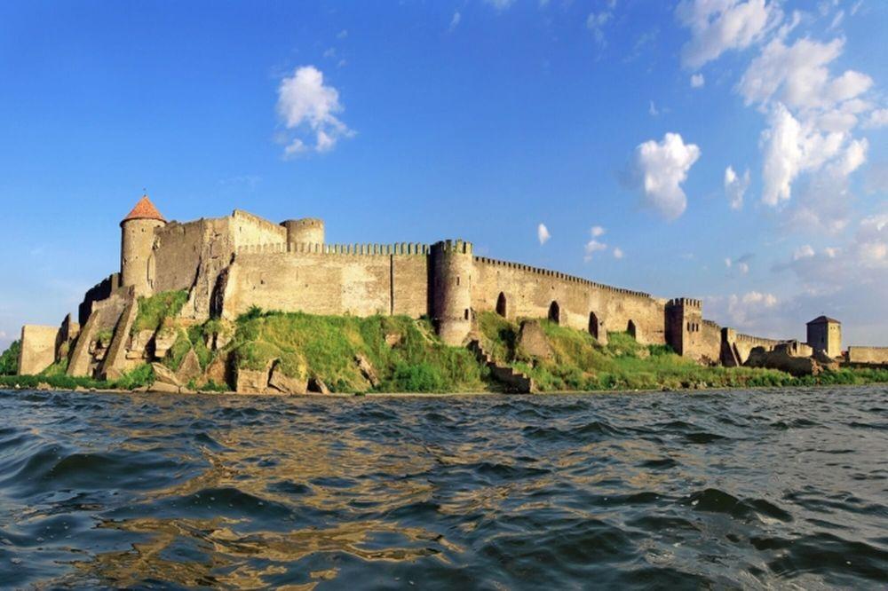 Замки Украины: ускользающая красота