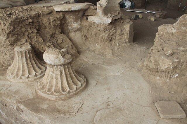 В Иране обнаружили необычную древнюю мебель.Вокруг Света. Украина
