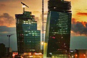 Самое высокое здание XXI  появится в Париже