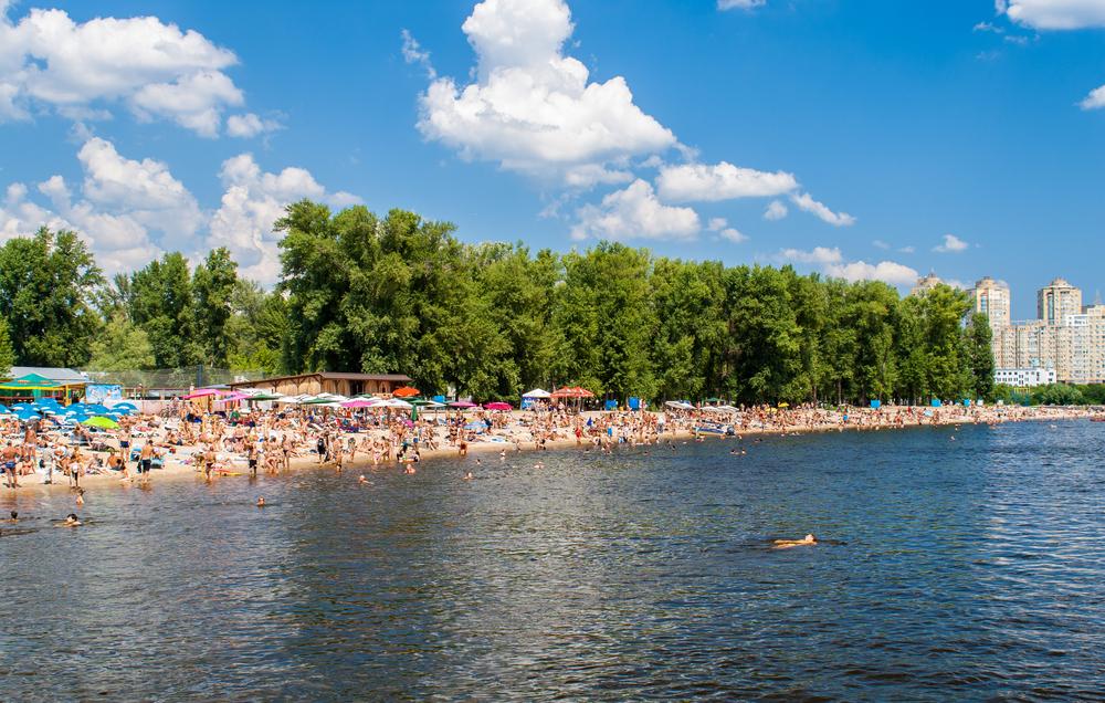 Пляжи Киева готовы к летнему сезону.Вокруг Света. Украина