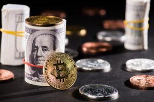 Сальвадор первым в мире признал биткоин платежным средством