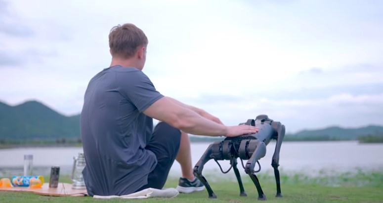 В Китае выпустили робота для бегунов.Вокруг Света. Украина