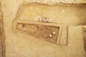 В Китае впервые нашли могилу древних возлюбленных