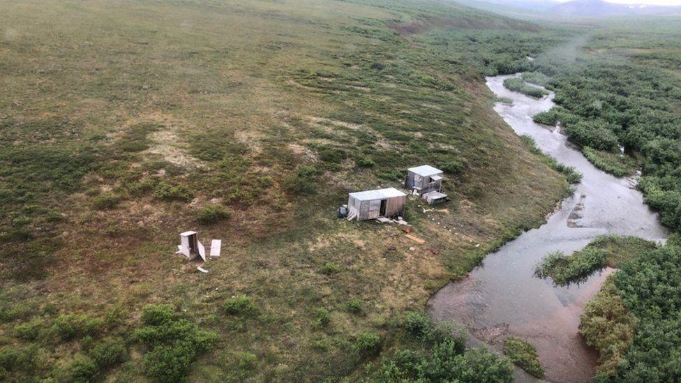 На Аляске отшельник неделю отбивался от медведя