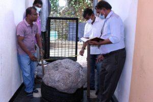 На Шри-Ланке случайно нашли крупнейшее в мире скопление сапфиров