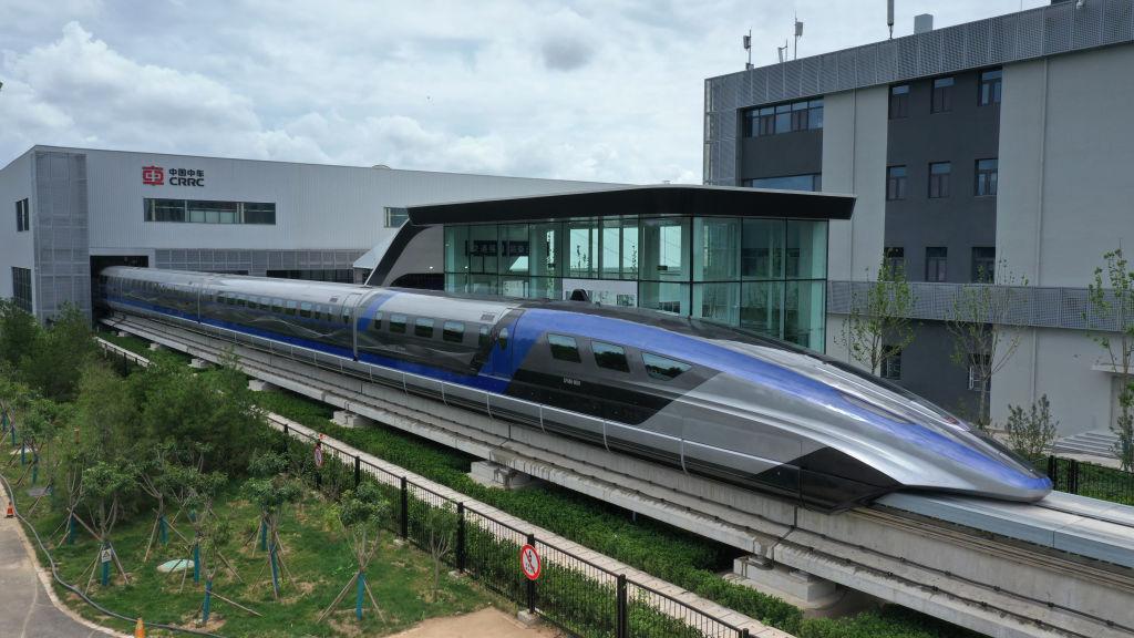 На магнитной подушке: в Китае запустили самый быстрый в мире поезд.Вокруг Света. Украина