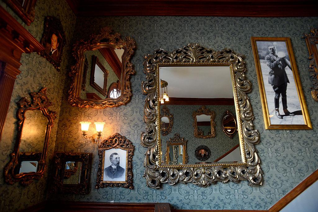 Как делают зеркала.Вокруг Света. Украина