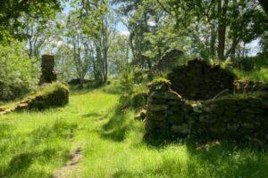 В Шотландии выставили на продажу заброшенную деревню с привидением