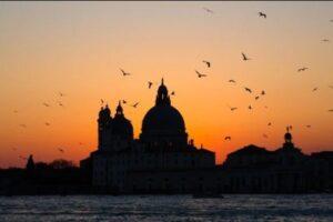 На дне Венецианской лагуны найдены остатки древнеримской дороги